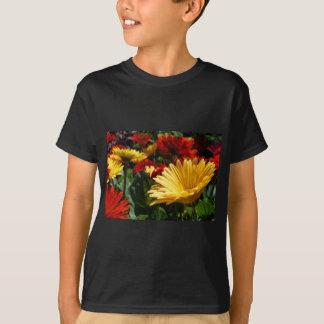 豪華なガーベラ Tシャツ