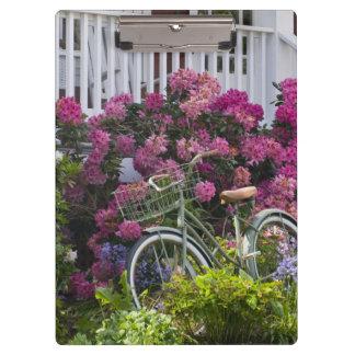 豪華な春の開花、風変わりなアンティーク クリップボード