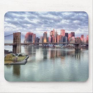 豪華な朝眺めおよび都市反射 マウスパッド