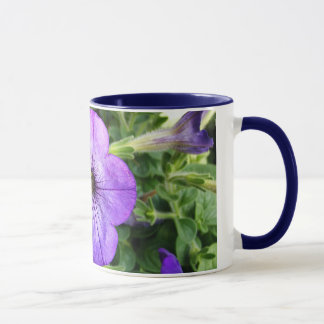 豪華な紫色の花 マグカップ