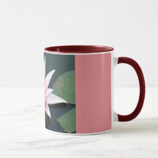 豪華な《植物》スイレンのマグ マグカップ