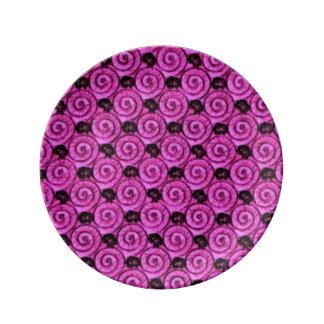 貝および花のピンク 磁器プレート