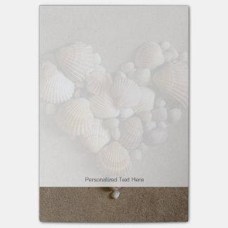 貝となされるバレンタインのハート ポストイット