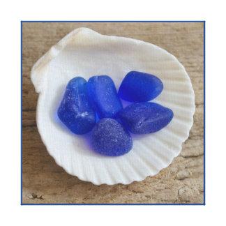 貝のコバルトブルーのビーチの海ガラス キャンバスプリント