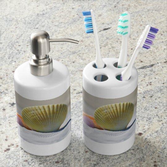 貝殻の歯ブラシスタンドおよびソープディスペンサーセット バスセット
