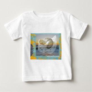貝殻及び波-ケープコッドマサチューセッツ ベビーTシャツ