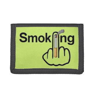 財布の喫煙フリップ