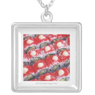 販売のためのカラフルな寿司 シルバープレートネックレス