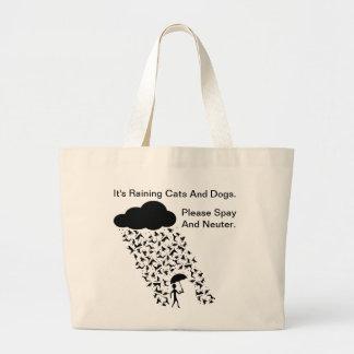 """買い物袋を""""卵巣摘出し、中性化して下さい"""" ラージトートバッグ"""
