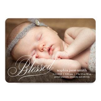 賛美されたモダンな誕生の発表 カード