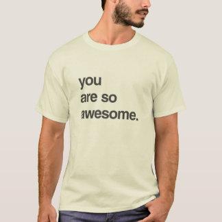 """賛辞のワイシャツ- """"とても素晴らしいです"""" Tシャツ"""