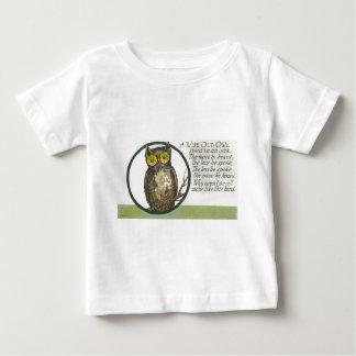 賢く古いフクロウ ベビーTシャツ