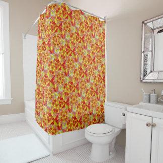 贅沢で赤い金ゴールドの東洋のパターン(の模様が)ある シャワーカーテン