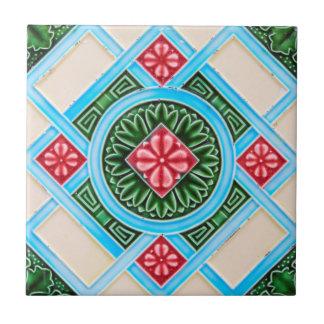 赤いおよび緑の花のOrnamental 正方形タイル小