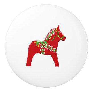 赤いおよび緑のDalaの馬の引出しの引き セラミックノブ