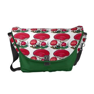 赤いきのこの束 メッセンジャーバッグ