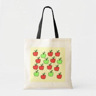 赤いりんごおよび緑のりんご、パターン トートバッグ