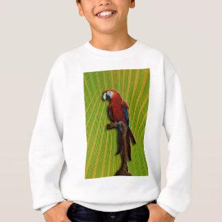 赤いオウム及びやしTシャツ スウェットシャツ