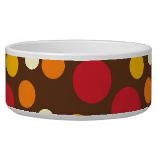 赤いオレンジ黄色の白いブラウンの水玉模様パターン 犬のえさ皿