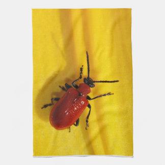 赤いカブトムシの台所タオル キッチンタオル