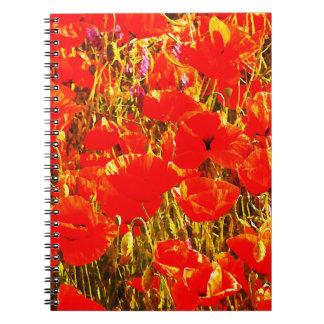 赤いケシの野生の花の芸術のデザインの明るい分野 ノートブック