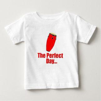 赤いコンガ ベビーTシャツ