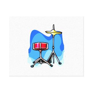 赤いスネアドラムのhihatのシンバルの青の背景 キャンバスプリント