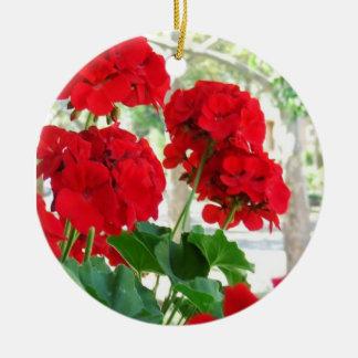 赤いゼラニウムの花のオーナメント セラミックオーナメント
