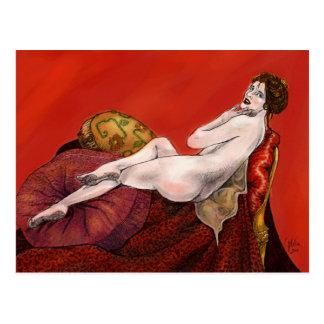 赤いソファーの女性 葉書き