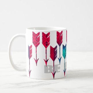 赤いターコイズの矢の種族のBohoの羽のボヘミア人 コーヒーマグカップ