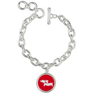 赤いダックスフントのチャームブレスレットのウインナー犬愛 チャームブレスレット