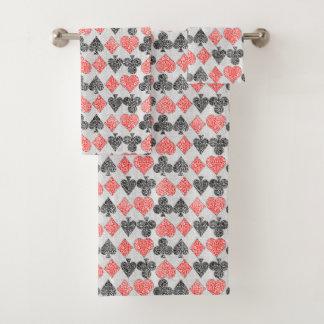 赤いダマスク織カードはハートのダイヤモンド踏鋤クラブに適します バスタオルセット
