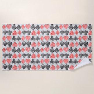 赤いダマスク織カードはハートのダイヤモンド踏鋤クラブに適します ビーチタオル