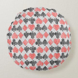 赤いダマスク織カードはハートのダイヤモンド踏鋤クラブに適します ラウンドクッション
