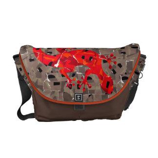 赤いトカゲのコラージュ メッセンジャーバッグ