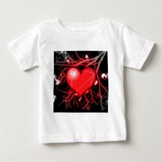 赤いハートおよび容器 ベビーTシャツ