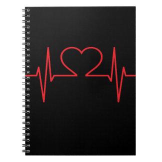 赤いハートのビートライン ノートブック