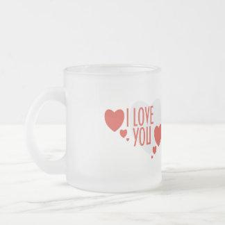 """赤いハートの形と襲えば""""私は愛します"""" フロストグラスマグカップ"""