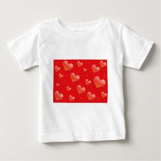 赤いハートパターン ベビーTシャツ