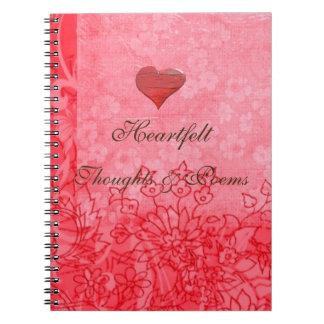 赤いハート及び花柄の詩歌のバレンタインジャーナル ノートブック