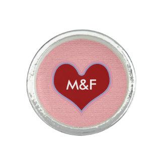 赤いハート愛イニシャル 指輪