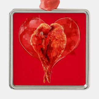 赤いハート。 愛情のあるオウム メタルオーナメント