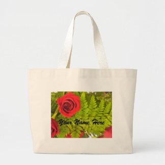 赤いバラおよびシダの*personalize*のバッグ ラージトートバッグ