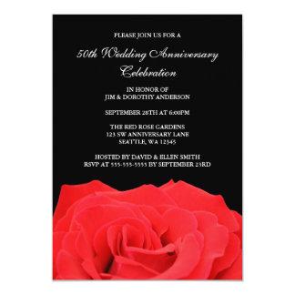 赤いバラおよび黒第50の結婚記念日 12.7 X 17.8 インビテーションカード