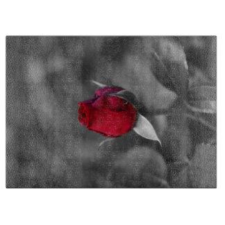 赤いバラのつぼみ カッティングボード