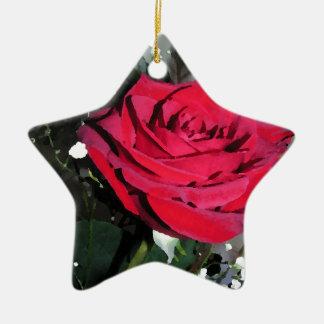 赤いバラのロマンスの休日のブライダルパーティのクリスマス セラミックオーナメント
