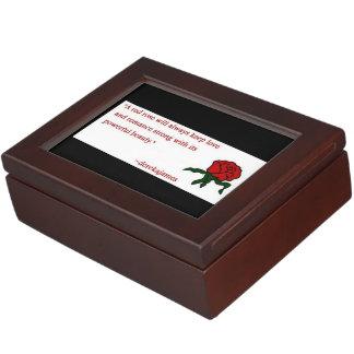 赤いバラの引用文の記念品箱 ジュエリーボックス