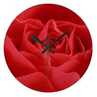 赤いバラの花びら ラージ壁時計