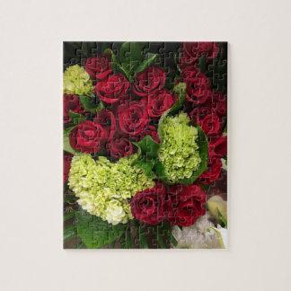 赤いバラの花束のパズル ジグソーパズル