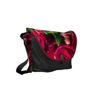 赤いバラ スモールメッセンジャーバッグ